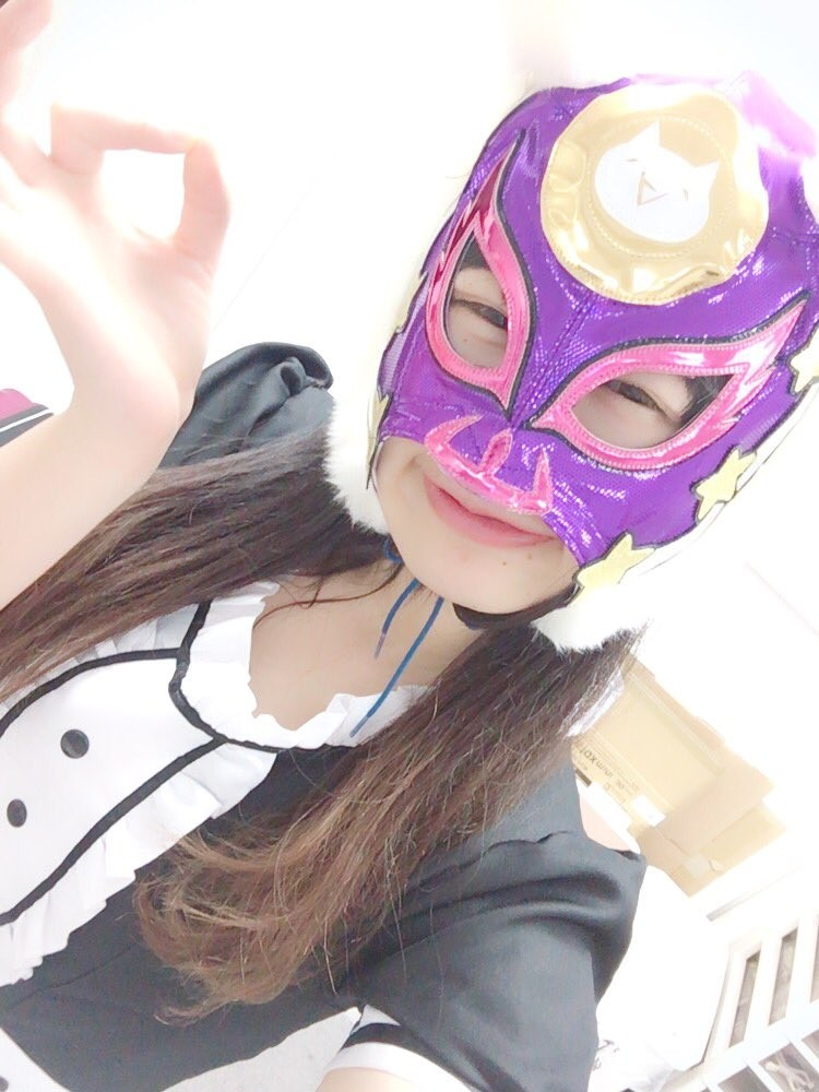 """日本""""虚拟货币少女""""偶像团 面具拿下后吓傻网友:颜值崩盘了"""