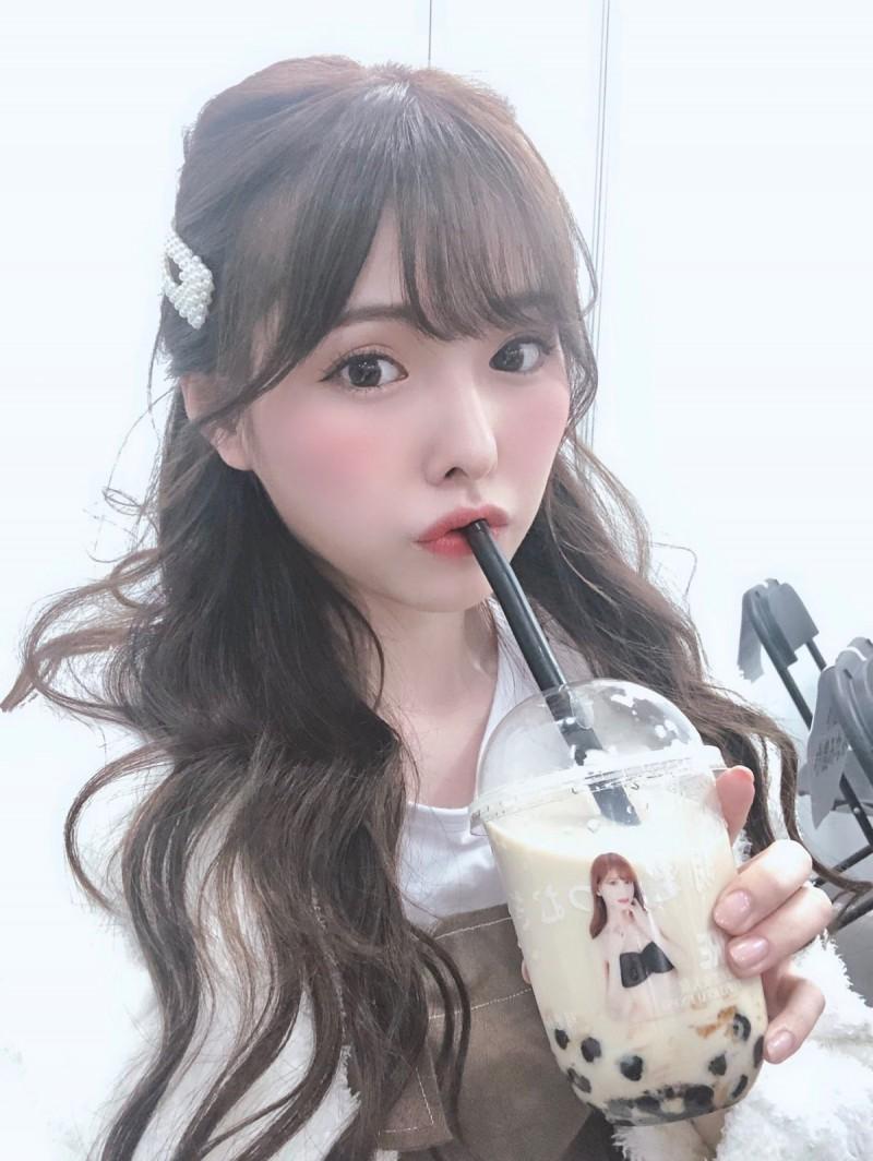 2019TRE女优谁最爱欢迎 众人排队要见桥本有菜(桥本ありな)