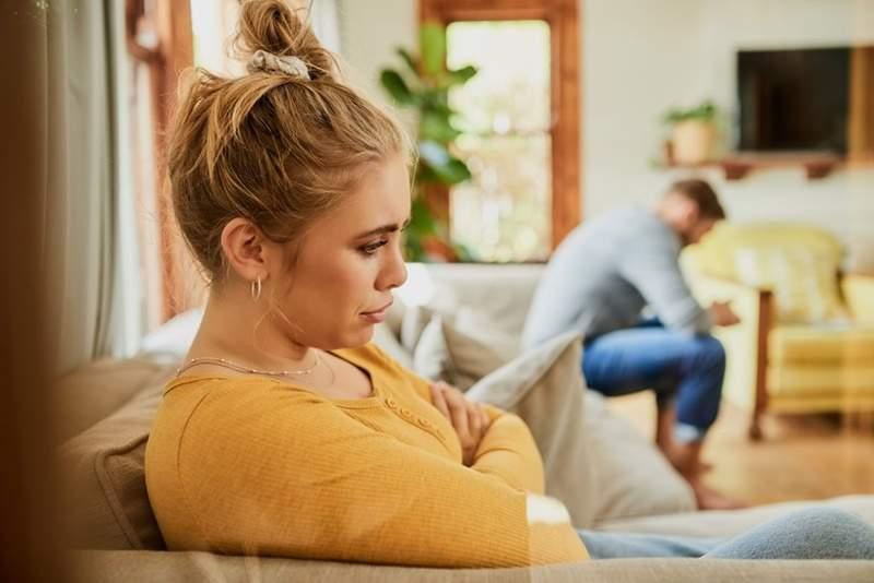 男子不愿与丈母娘同游引发夫妻吵架 网友评论两极分化