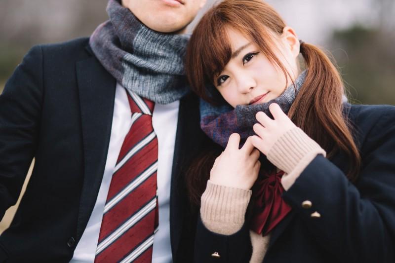 28岁女子约会被要求穿高中生制服 不穿学生服穿短裙