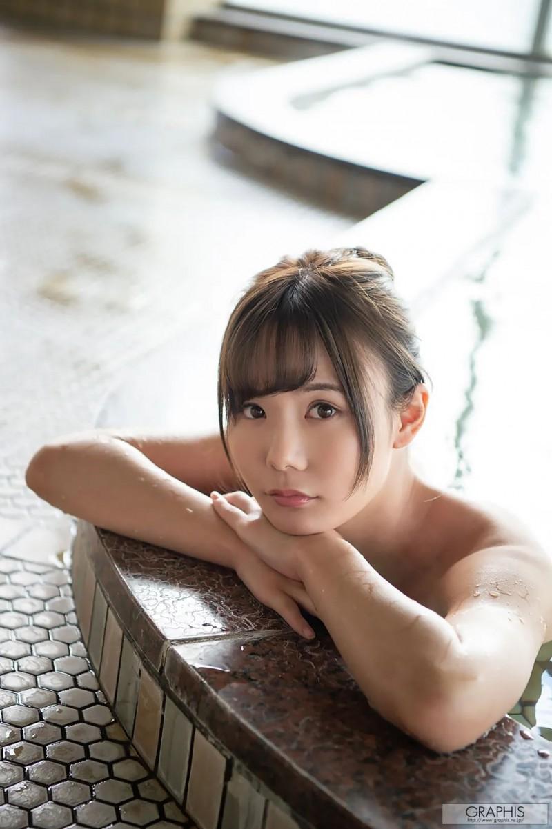 坂道美琉SSNI-772 人妻爱上出差和情场老手上司在一起了