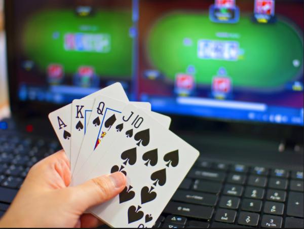 现场扑克与网络扑克的七大差异