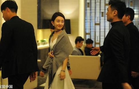 赵丽颖被逼婚, 恋情终于浮出水面, 陈伟霆: 还不公开
