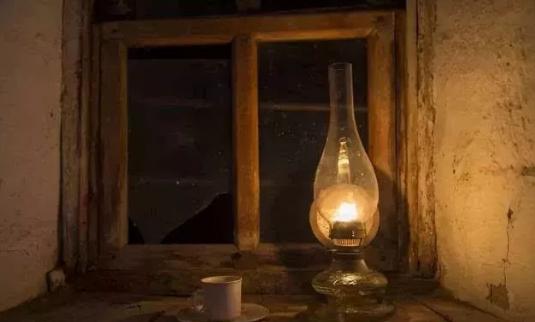 童年的小煤油灯