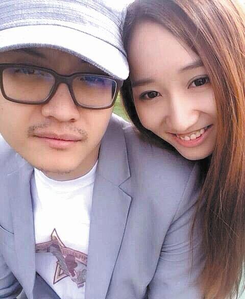 宋喆前妻称要放下过去 正在办理离婚手续
