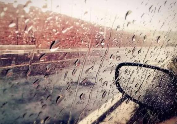 你若强大,雨也温柔