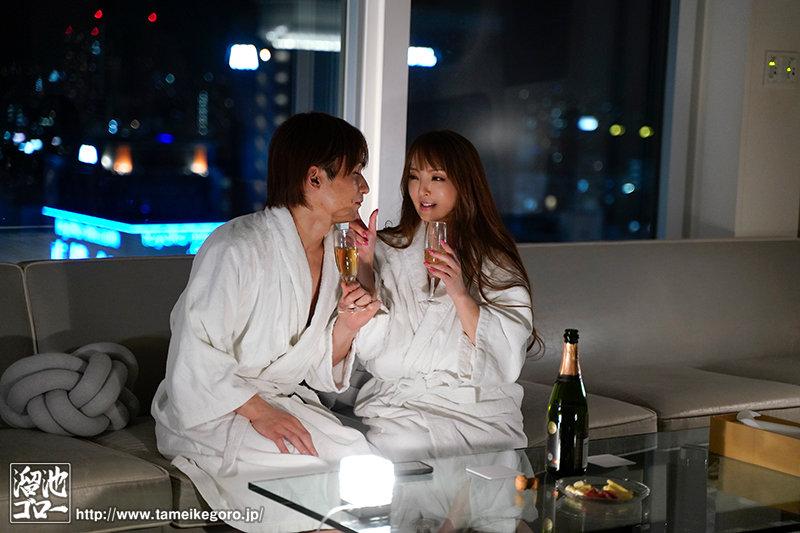 """Hitomi""作品MEYD-691:情夫想做什么她都乐于配合。"