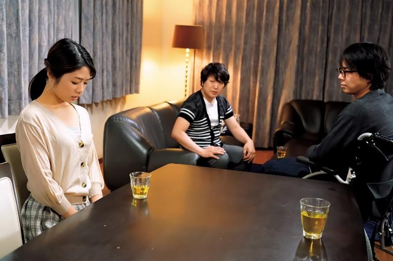 川上奈々美(川上奈奈美)作品DVAJ-522 :拜托弟弟帮忙,跟嫂子打炮生孩子。