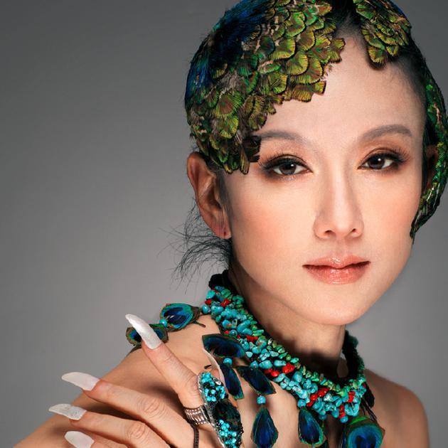杨丽萍回应排舞受伤骨折:从未因创作感到辛苦